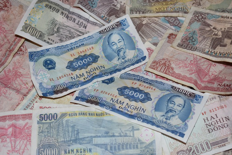 Old school Vietnamese banknotes   © Matthew Pike