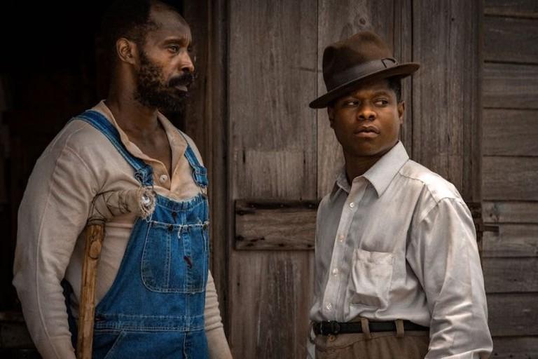 Rob Morgan (left) and Jason Mitchell in 'Mudbound' | © Netflix