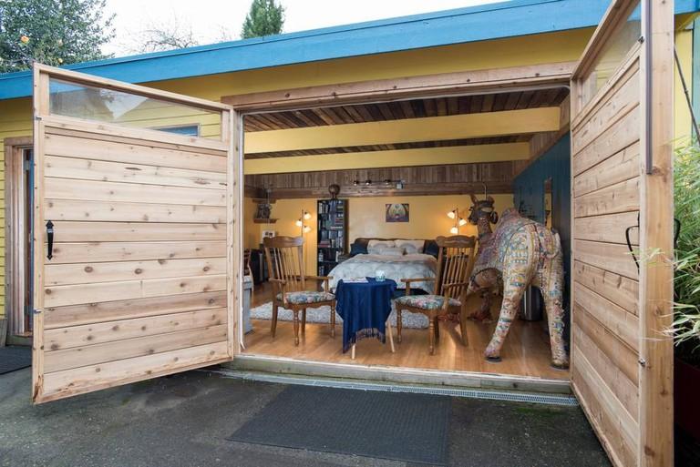 Urban Cottage | © Airbnb