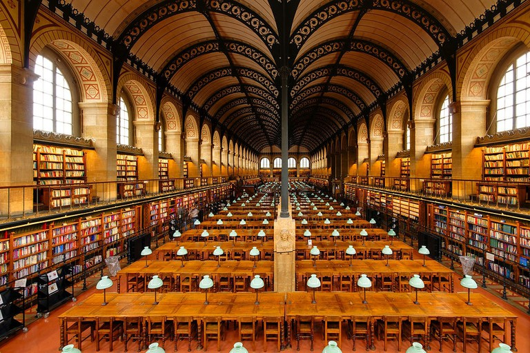 1024px-Salle_de_lecture_Bibliotheque_Sainte-Genevieve_n02 (1)