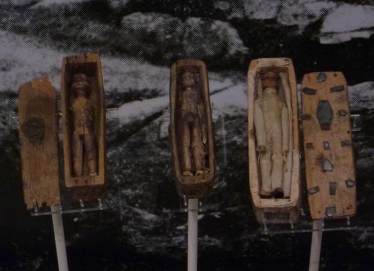 Arthur's Seat Coffins | © Kim Traynor / WikiCommons