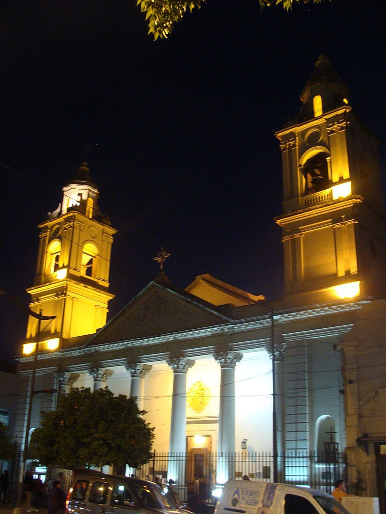768px-Catedral_Santiago_del_Estero