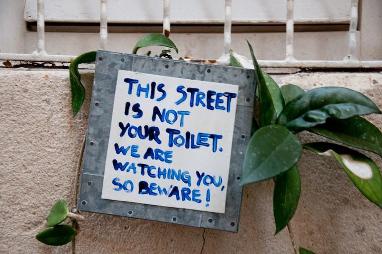 Makeshift sign, Dubrovnik | © L.C. Nøttaasen/Flickr