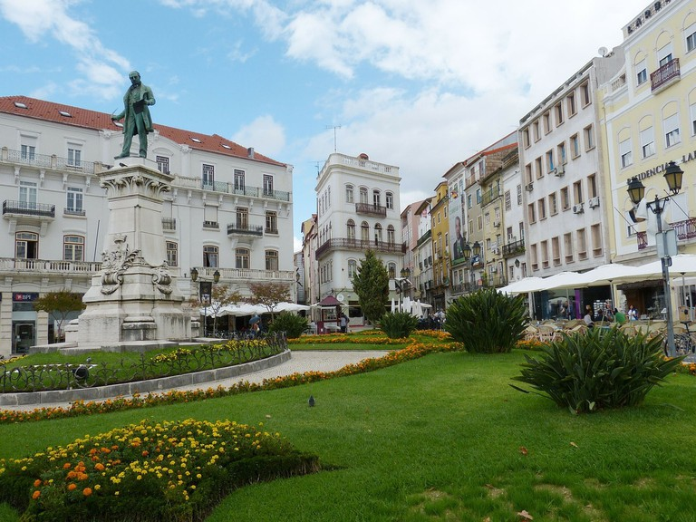 https://pixabay.com/en/coimbra-portugal-unesco-227792/