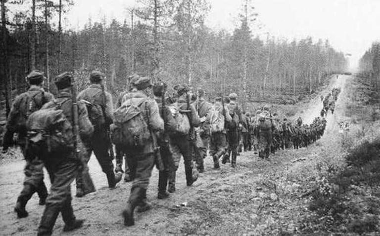 Finnish-Army-on-March