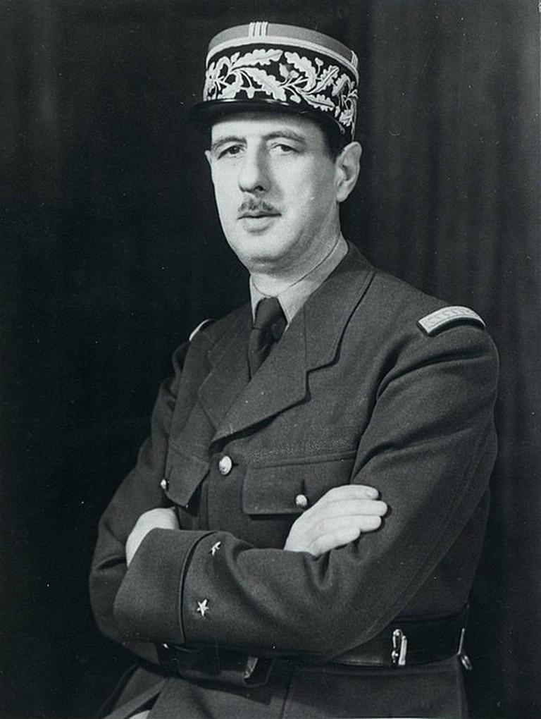 General_Charles_de_Gaulle_in_1945