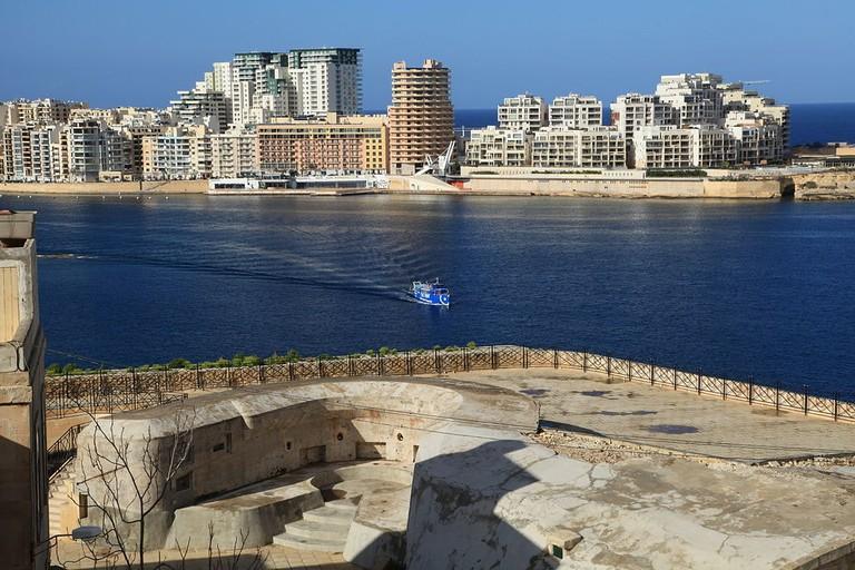 Malta_-_Sliema_-_Tigné_Point_(St._Andrew's_Bastion)_01_ies