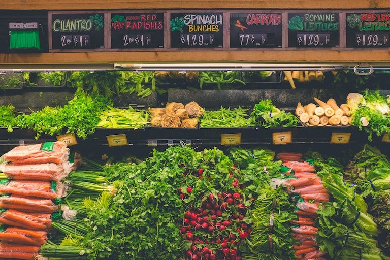 You can be assured of finding vegan food in Portugal | © neONBRAND / Unsplash