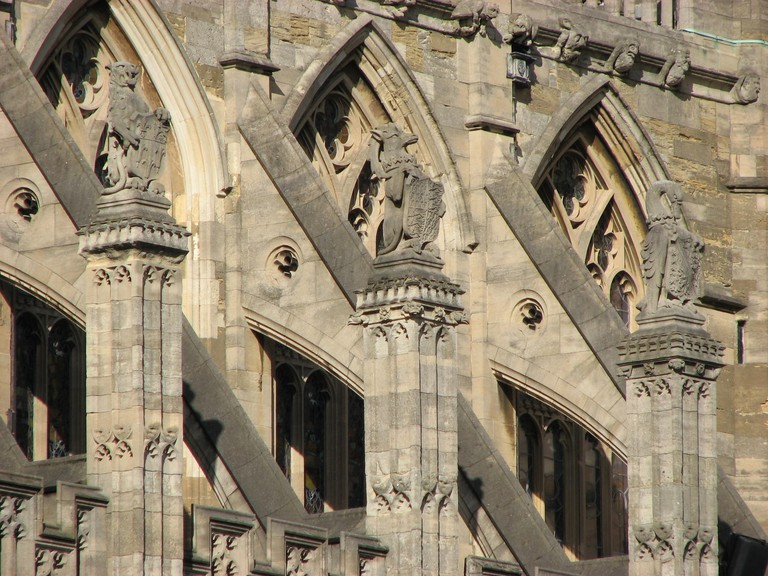 resized grotesques