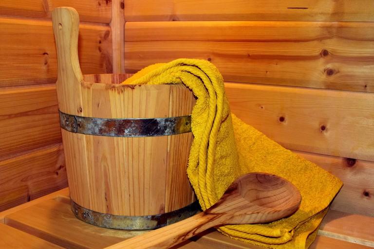 sauna-2886483_1920