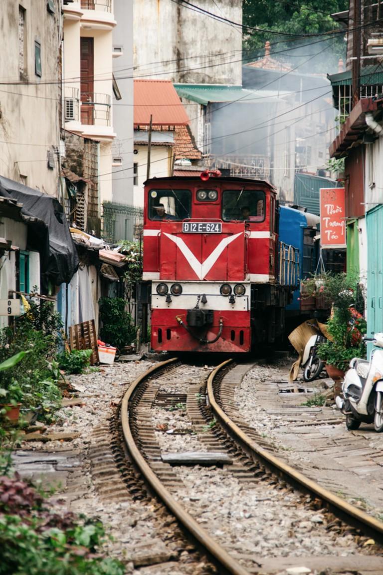SCTP0014-POCOCK-VIETNAM-HANOI-RAILWAY-55-19