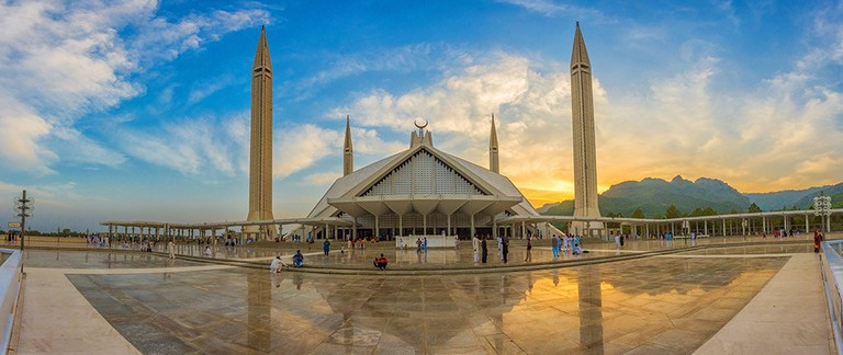 shah-faisal-masjid-in-islamabad-pakistan web