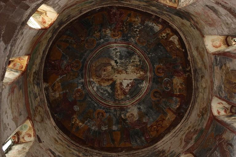 Tsalenjikha_cathedral_(53)