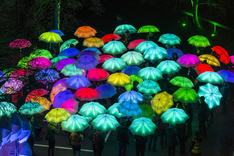 Umbrella Project, Cirque Bijou. Photo by Andre Pattenden. Courtesy of Artichoke and the artists. copy