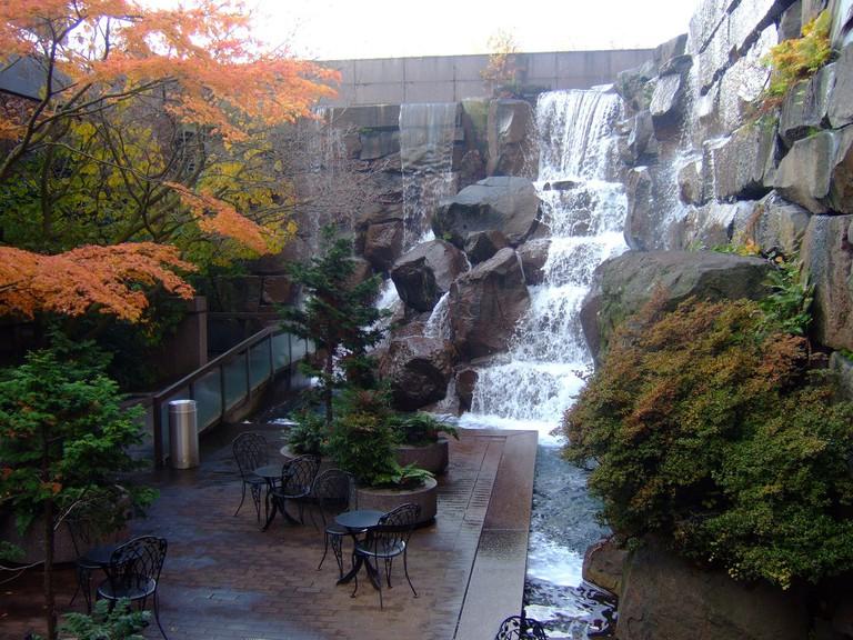Waterfall Garden Park at First UPS Location | © John Seb Barber / Flickr