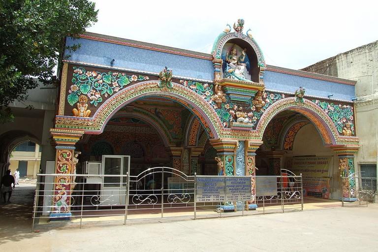 1024px-2013-Sarasvati-Mahal-Library-101