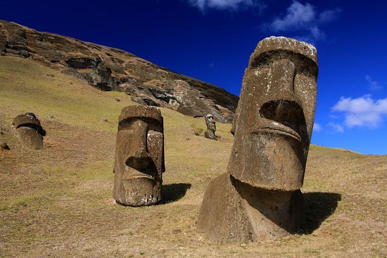"Moai at Rano Raraku, Easter Island |<a href=""https://commons.wikimedia.org/wiki/File:Moai_at_Rano_Raraku_-_Easter_Island_(5956405378).jpg"" target=""_blank"" rel=""noopener"">© TravelingOtter/WikiCommons</a>"