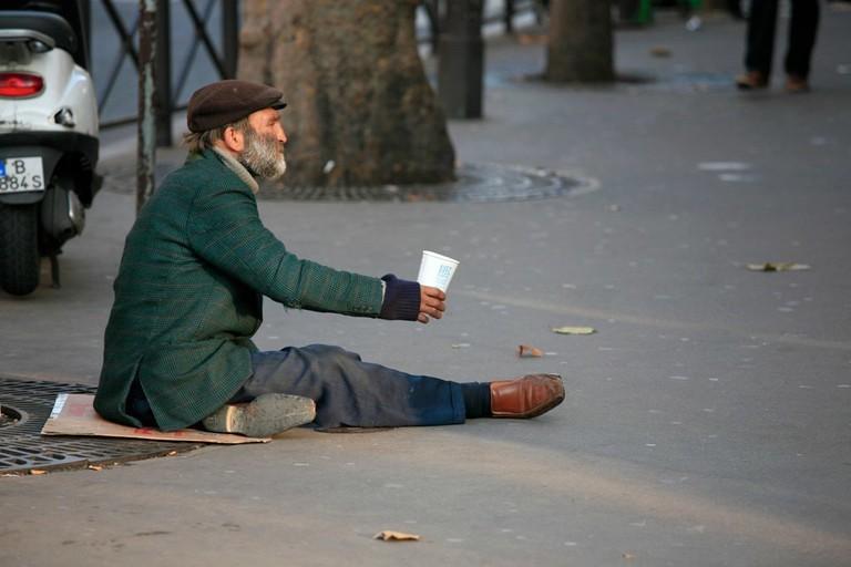 1024px-The_Homeless,_Paris (1)