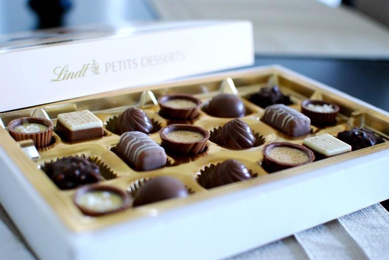 1200px-Lindt_petits_desserts