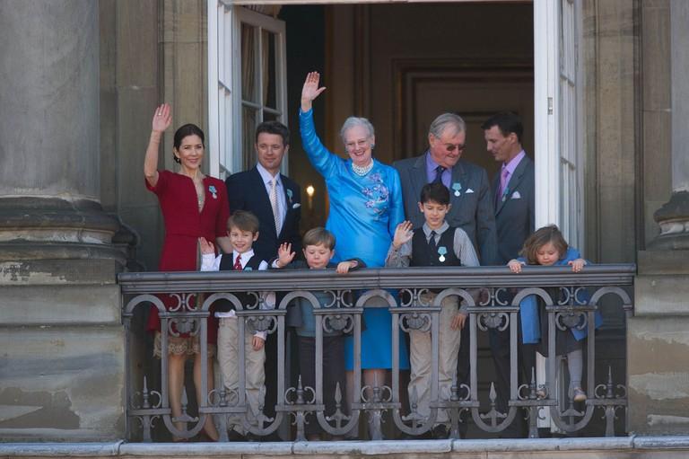 1200px-Monarchy_Of_Denmark_April_2010