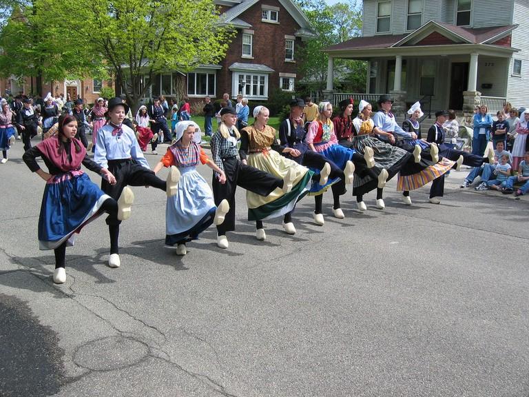 Klompen dancing at the Tulip Time Festival | © Michael Sprague/Flickr