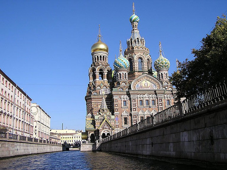 640px-Saviour_On_Spilled_Blood_St_Petersburg_Russia