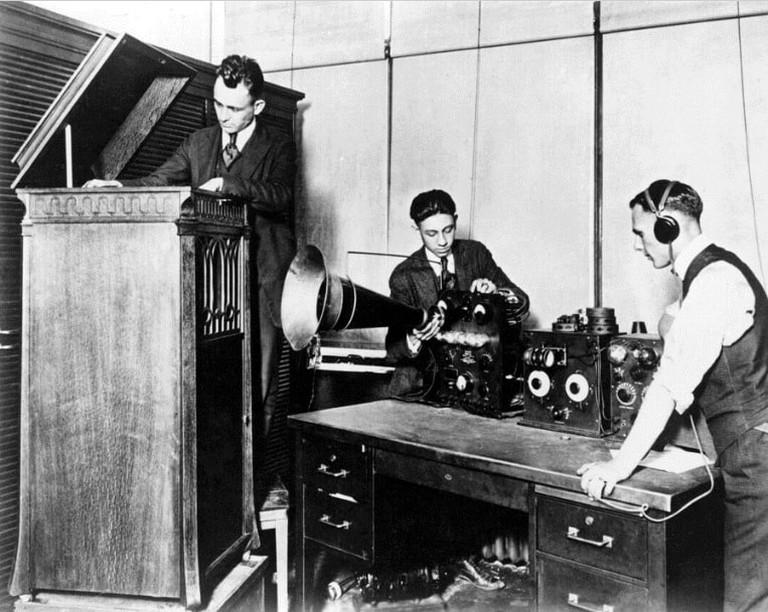 8MK_(Detroit_News_Radiophone_station)_August_1920