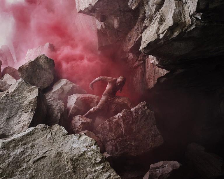 Akram Khan in 'XENOS' | © Nicol Vizioli