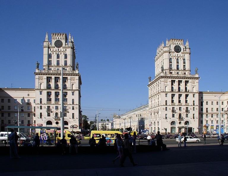 Belarus-Minsk-Railway_Station_Square-4