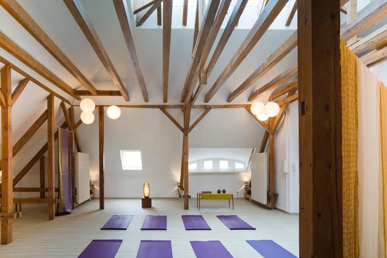 bliss-ashtanga-yoga-01