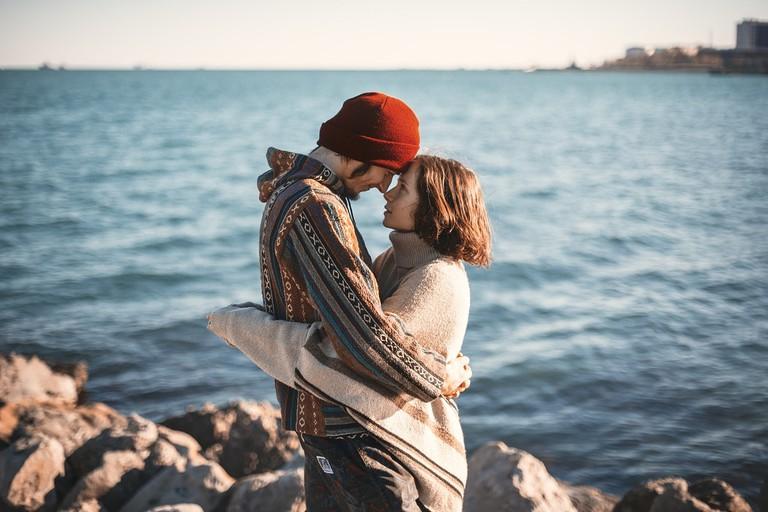 couple-1329349_1280