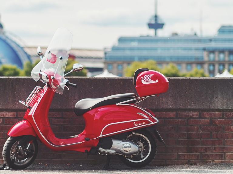 https://unsplash.com/search/photos/scooter