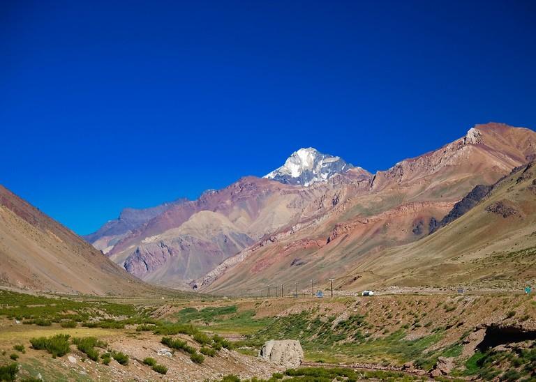 A hiking trail in Mendoza