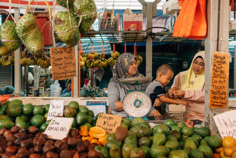 Choices of cheap local fruits | Irene Navarro / © Culture Trip