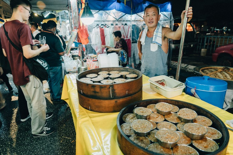 Various of streamed food available in the night market | Irene Navarro / ©Culture Trip