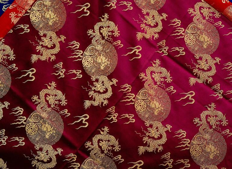 fabrics-955993_1920