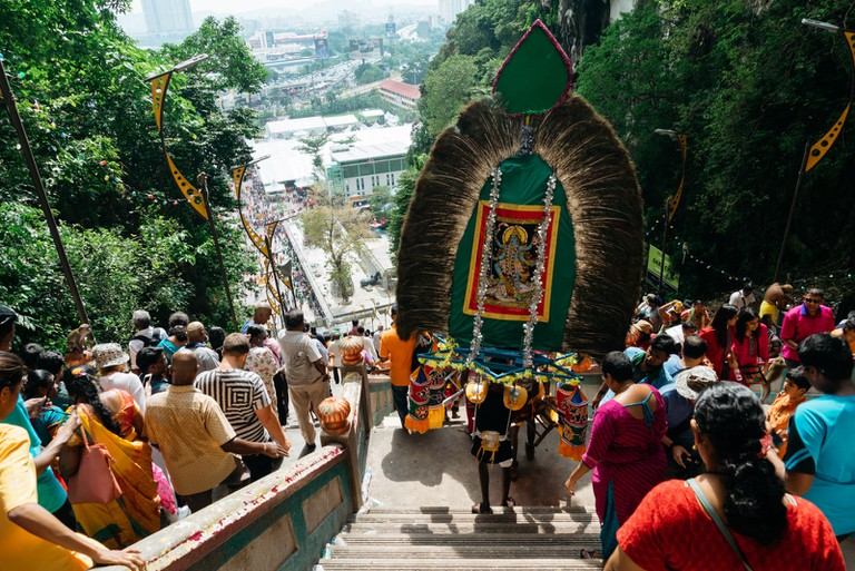 Expect large crowds ascending and descending the 272 steps of Batu Caves| Irene Navarro / © Culture Trip