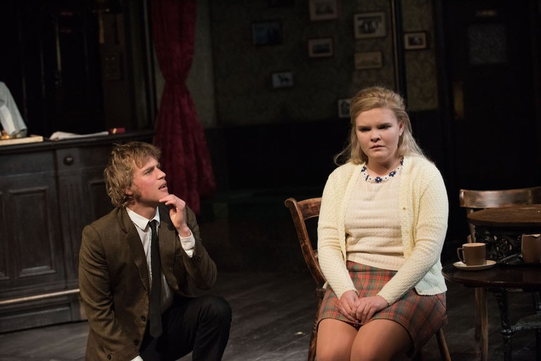 Johnny Flynn and Gaby French in 'Hangmen' | © Ahron R. Foster