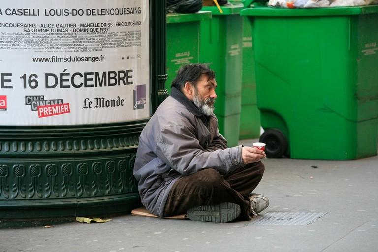 Homeless_people,_Paris_December_2009