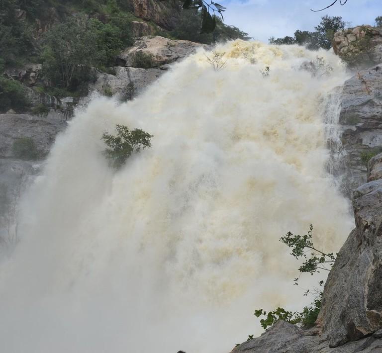 Kalyan_Revu_Waterfalls