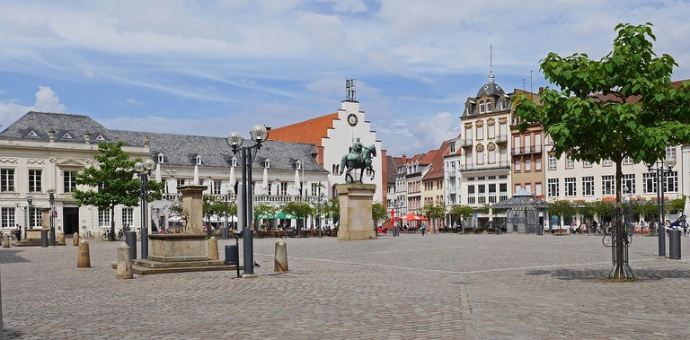 landau-in-der-pfalz-2366466_1280