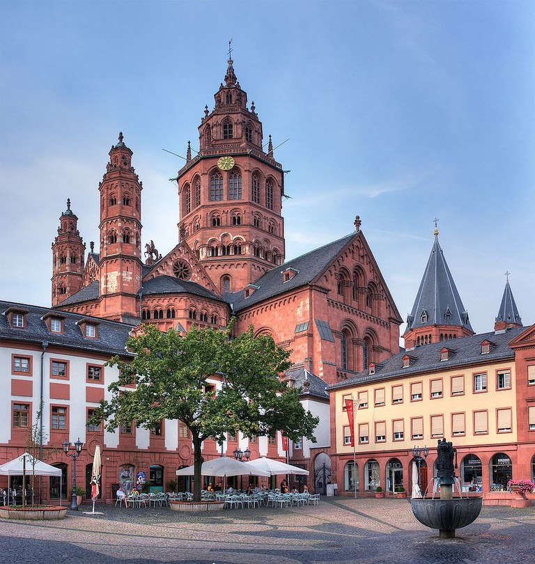 Mainz_Cathedral_-_Mainz,_Germany_-_panoramio