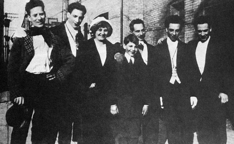 The only know photograph of the whole Marx family. From left: Groucho, Gummo, mother Minnie, Zeppo, father Sam, Chico, and Harpo | <a href=