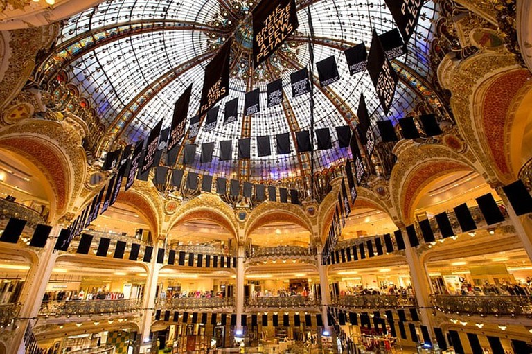 Paris Shop Luxury Purchase Shopping Beauty