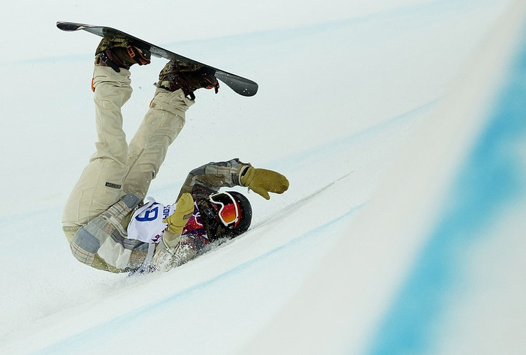Danny Davis crashes during the men's halfpipe at 2014 Sochi | © ZUMA/REX/Shutterstock