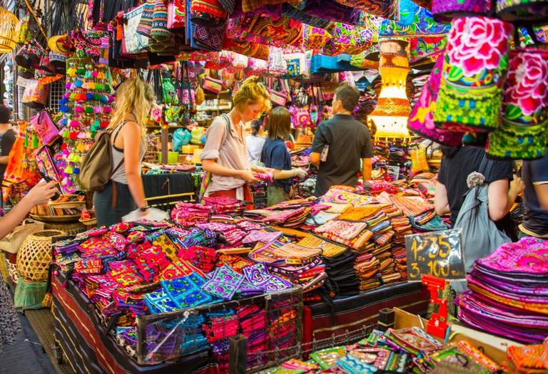 Shopping in a Thai market