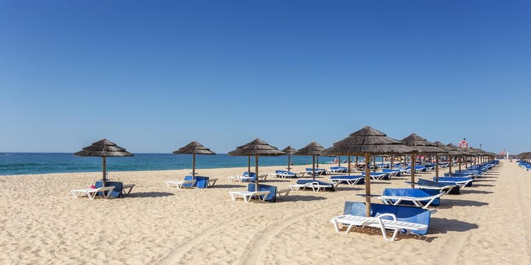 Beach on island of Tavira, Algarve, Portugal | © Sergio Stakhnyk/Shutterstock