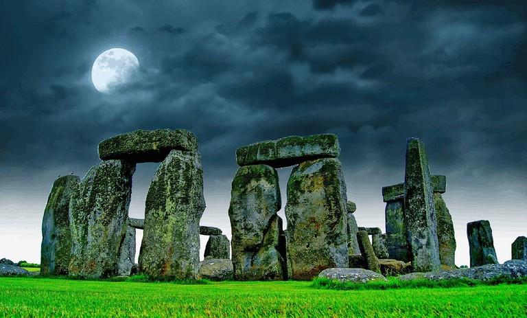 "Stonehenge, Salisbury, England|<a href=""https://pixabay.com/en/stonehenge-sky-moon-night-stone-741485/"" target=""_blank"" rel=""noopener"">© sciencefreak/Pixabay</a>"