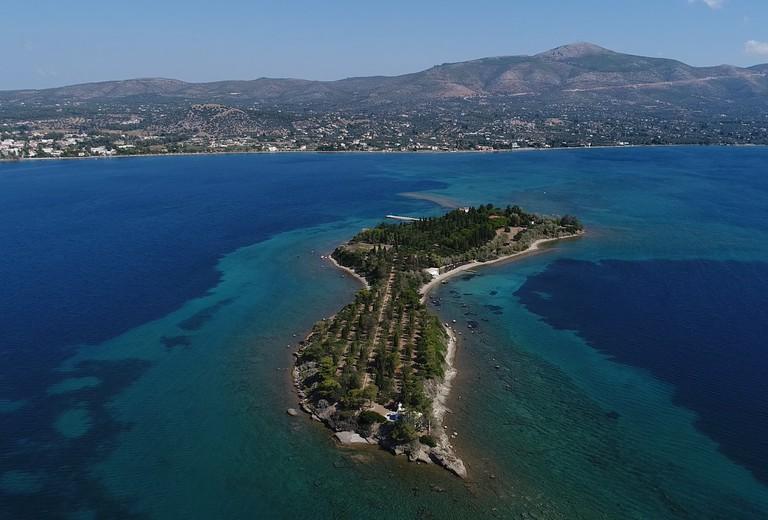 Trinity_Island_Greece-01