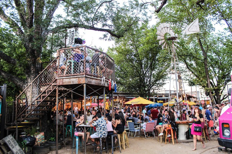 The treehouse at the Truck Yard │Courtesy of Truck Yard